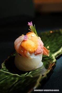 Botan Shrimp sushi with sea urchin (uni) - Sushi Dokoro Hikari - Hong Kong, China