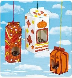 recycle kids crafts bird feeders (autumn activities for kids rainy days) Kids Crafts, Recycled Crafts Kids, Fall Crafts For Kids, Preschool Crafts, Projects For Kids, Holiday Crafts, Art For Kids, Craft Projects, Arts And Crafts