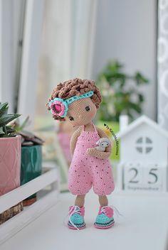 Rag Doll Tutorial, Crochet Doll Tutorial, Crochet Doll Pattern, Crochet Patterns Amigurumi, Amigurumi Doll, Crochet Fairy, Crochet Bear, Knitted Dolls, Crochet Dolls