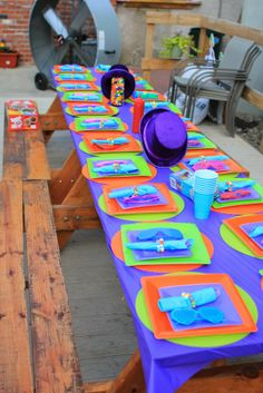 Willy Wonka party table