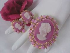 Delizza & Elster Cameo Brooch and Earrings Set