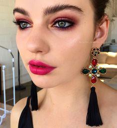 Pinterest: DEBORAHPRAHA ♥️ natural eyebrows and pink eyeshadow and pink lips #makeup