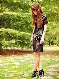 Vestido: Primark / Sandalias: Zara / Cinturón y pulsera: Hippie Bags with Love Aquí os dejo un look que tenía pendiente de la visita que hice a mi tierra. Este vestido lo podéis combinar tanto con otro vestidito debajo o con shorts, la opción más fresca y por la que me decanté. #gypsy #ibiza #purpurinarebelde #blogdemoda #blog #blogger #bloguer #fashion #moda #alicante #tendencias #looks #outfits #spain #boho #bloguera #verano #streetstyle #summer #hippiechic #love #look #lookbook #smile…
