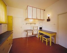 Kitchen of the Villa Muller by Austrian architect Adolf Loos. Shelf Furniture, Built In Furniture, Art Deco Furniture, Furniture Styles, Bauhaus Interior, Architecture Details, Interior Architecture, Interior Design, Maids Room