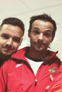 Louis and Liam today :')