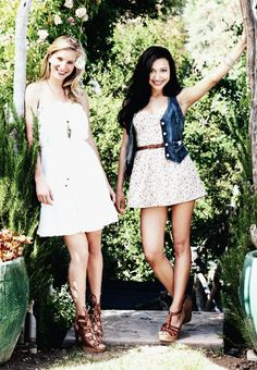 Naya Rivera and Heather Morris