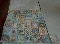 Not all mine. As part of our class topic on The Romans, we made mosaic coasters. the kids really enjoyed it. Some are better than others. Summer Art Projects, Art Projects For Teens, Art For Kids, Romans Ks2, Mosaics For Kids, Art Deco Door, Digital Art Anime, Line Art Design, Ancient Rome