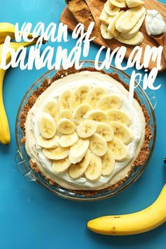 AMAZING Banana Cream Pie that's #Vegan and #Glutenfree! 10 ingredients, creamy, SO delicious! #bananacreampie #banana #dessert #recipe