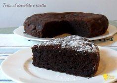 Torta al cioccolato e ricotta che si scioglie in bocca il chicco di mais ♦๏~✿✿✿~☼๏♥๏花✨✿写☆☀🌸🌿🎄🎄🎄❁~⊱✿ღ~❥༺♡༻🌺TH Dec ♥⛩⚘☮️ ❋ Cupcakes, Cake Cookies, Cupcake Cakes, Sweets Recipes, Cake Recipes, Cooking Recipes, Ricotta Cake, Tiramisu Recipe, Torte Cake