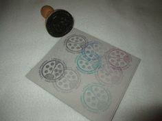 Sello personalizado realizado por Quilez Stamps.  Liruladas Stamp by Quilez Stamps.