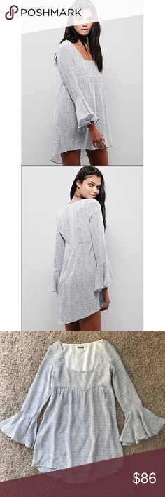 New Stone Cold Fox Farrah Tunic Dress in Dot Print Stone Cold Fox Farrah 100% Silk Tunic Dress in Dot Print •New without tags •Size XS/S •Retails for $378  Check out my other listings- Nike, adidas, Michael Kors, Kate Spade, Miss Me, Coach, Wildfox, Victoria's Secret, PINK, Under Armour, True Religion, Ugg Australia, Free People and more! Stone Cold Fox Dresses Mini