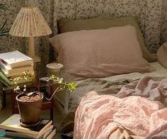 Dream Rooms, Dream Bedroom, Home Bedroom, Bedroom Decor, Bedrooms, Maila, Pretty Room, Room Goals, Aesthetic Room Decor