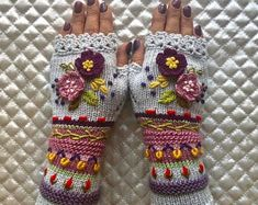 Acorn Decorations, Granny Style, Crochet Gloves, Hand Painted Furniture, Yarn Projects, Fingerless Gloves, Arm Warmers, Etsy Seller, Felt