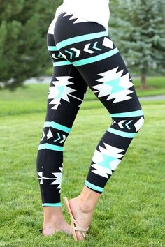 Navajo Aztec Print Leggings (MINT)
