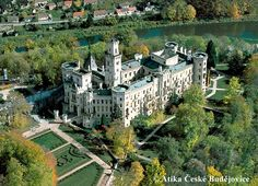 Letecký snímek zámku