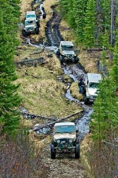 100 Photos of Off-Road Obsession Every Men Must See Jeep Cars, Jeep Truck, Jimny Suzuki, Hors Route, Jeep Trails, Badass Jeep, Offroader, Jeep Tj, Off Road Adventure