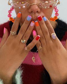 Minimalist Nails, Aycrlic Nails, Hair And Nails, Bling Nails, Nail Manicure, Pin Up Nails, Kylie Nails, Gel Nail Art, Nagellack Design