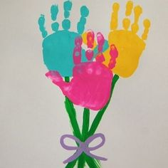 Simple Easter Crafts for Kids - Hand Print Flower Easter Art Daycare Crafts, Easter Crafts For Kids, Baby Crafts, Crafts To Do, Spring Crafts For Preschoolers, Spring Toddler Crafts, Easter With Kids, Spring Craft For Toddlers, Decor Crafts