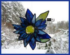 Kwiat ze szkła witrażowego - witraż #artglass #biannart #witraż