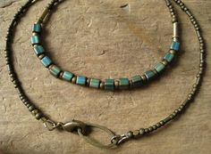 simple-rustic-turquoise-necklace-with
