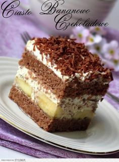 Layered chocolate - banana cake with shredded chocolate. Sweets Recipes, Easter Recipes, No Bake Desserts, Easy Desserts, Delicious Desserts, Cake Recipes, Cooking Recipes, Polish Desserts, Polish Recipes