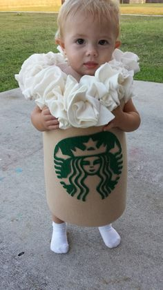 Are you a Starbucks fan? Check out this great Halloween costume! Goodwill is your Halloween headquarters find lots of great ideas and costumes without spending a fortune! Halloween Bebes, Fete Halloween, Baby Halloween Costumes, Holidays Halloween, Happy Halloween, Cute Baby Costumes, Toddler Halloween, Halloween 2014, Baby Costumes For Girls