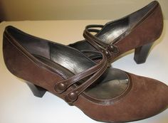 FOR SALE......  NATURALIZER Daybreak Women's 8M Coffee Brown Suede Stacked Chunky Heel Pump Shoe #Naturalizer #Daybreak