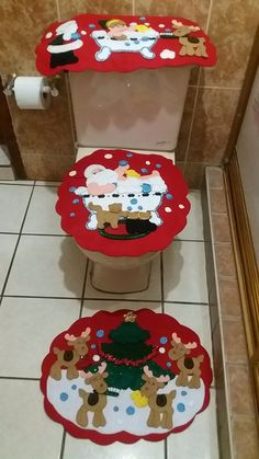 Set De Baño Navideno Paso A Paso:Juego De Baño Navideño En Fieltro Renos – $ 95000 en Mercado Libre Vintage Christmas Stockings, Felt Christmas Ornaments, Christmas Art, Christmas Decorations, Holiday Decor, Christmas Fashion, Crochet For Beginners, Snowmen, Quilts