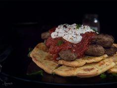 Το γιαουρτλού κεμπάπ μου! Cookbook Recipes, Meat Recipes, Cooking Recipes, Cooking Ideas, Cetogenic Diet, Greek Sweets, Greek Recipes, Food Photo, Hamburger