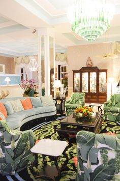 Palm Beach Chic Decor At The Colony Hotel In Palm Beach
