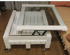 Table basse palette plateau relevable  http://www.homelisty.com/table-basse-palette/