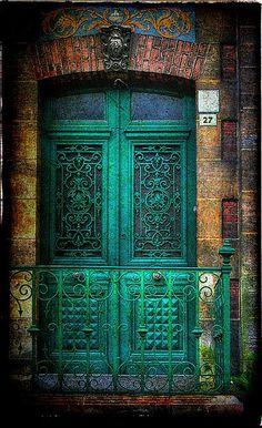 Door in Honfleur, Normandy. Imagine walking into this door every night when you come home! Delightful.