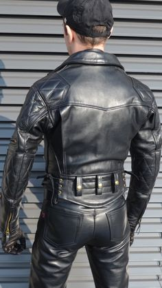 When on the look out for a be on the alert for ones with extra wide belt loops. Then get an belt for a classic premium look. Leather Trousers, Leather Cap, Black Leather, Leather Jacket, Leather Fashion, Mens Fashion, Bike Leathers, Leder Outfits, Men In Uniform