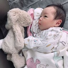 "Sequel of ""The Perfect Husband Cute Asian Babies, Korean Babies, Asian Kids, Cute Babies, Cute Baby Boy, Cute Little Baby, Little Babies, Cute Kids, Cute Baby Videos"