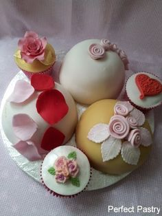 cake pops & cupcakes @ Perfect Pastry!