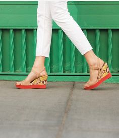How about a little pop of color! #wanderingsole