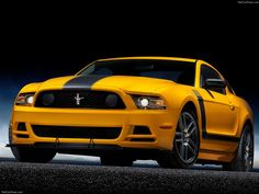 Ford Mustang Boss 302 Yellow