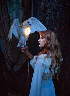 Photographer: De Anastacia Taxidermist/Model:... - Dark Beauty