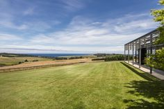 The house location in Mornington Peninsula is set to take advantage of the coastal views for this one by B.E Architecture
