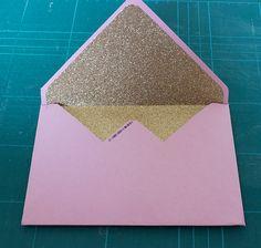 DIY- Umschläge für Hochzeitspapeterie mit Inlay selber basteln « im Hochzeitsfieber