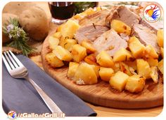 Filetto di Maiale con patate  http://www.ilgalloalgrill.it/2013/03/27/filetto-di-maiale-con-patate/