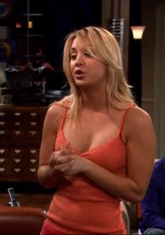 Kaley Cuoco Tbbt - of course she's pretty. But the reason she's famous: she is hotter than a scalded dog!