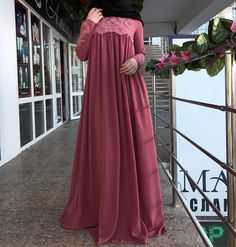 Image may contain: one or more people and people standing Hijab Gown, Hijab Dress Party, Party Wear Dresses, Dress Outfits, Modest Fashion Hijab, Abaya Fashion, Fashion Dresses, Stylish Dresses, Modest Dresses