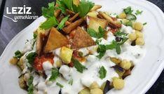 Fette Tarifi için,Lavaşları küçük üçgenler halinde doğrayıp kızgın yağda kızartın. Patlıcanları alacalı soyup küp küp doğrayın. Patatesleri de soyup küp şe Mexican, Salad, Chicken, Ethnic Recipes, Food, Fat, Essen, Salads, Meals