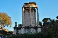 Roman Forum | Temple of Vesta, built in unknown old Kingdom era, prabably 7th century BC. Rome, Roman Forum, Roman Architecture, Carthage, Ancient Romans, Roman Empire, Temple, History, Building