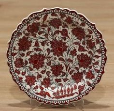 Turkish Traditional Hand made ,Hand Painted iznik Ceramic Floral Design Red Tulips Hanging Plates, Plates On Wall, Turkish Plates, Turkish Design, Shops, Red Tulips, Lotus Flower, Decorative Bowls, Floral Design