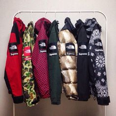 Supreme x The North Face Coats - Insane rack The North Face, North Face Coat, North Faces, Polo Sport, Streetwear, Urban Fashion, Mens Fashion, Mode Hijab, Mode Style