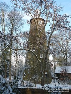 The Shot Tower - Crane Park, Whitton, Twickenham, England (Copyright: Alison Avery) / A shot tower is designed for the production of shot balls by freefalling molten lead into a water basin. The shot was then used in firearms. Richmond Upon Thames, Richmond Park, Middlesex England, Great Britan, Rule Britannia, St Margaret, Unique Buildings, Houses Of Parliament, Battle Of Britain