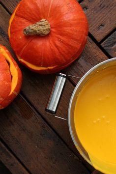 Just like paint - beautiful pumpkin soup.