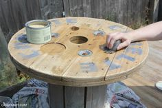 Cable Reel Table, Wooden Cable Reel, Drum Coffee Table, Outdoor Coffee Tables, Diy Furniture Plans, Furniture Makeover, Furniture Refinishing, Outdoor Cushions, Outdoor Rugs